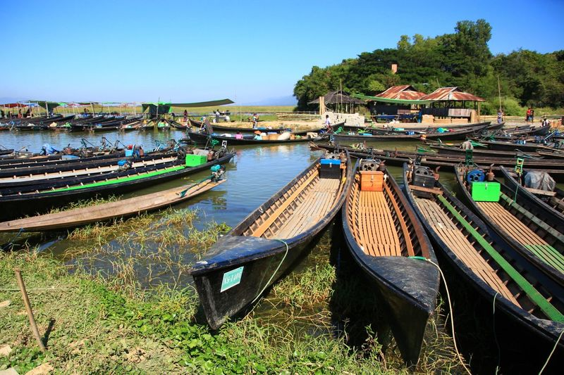 Floating Market Boating Boat Float Floats Living Inle Lake Inle Lake Drift Flit Sell Market Selling Community ASIA Asianstyle Landscape Scenic Photograghy Scenery Outdoors Myanmar Nyaungshwe Travel Water Nautical Vessel Moored Harbor Clear Sky Sky Boat