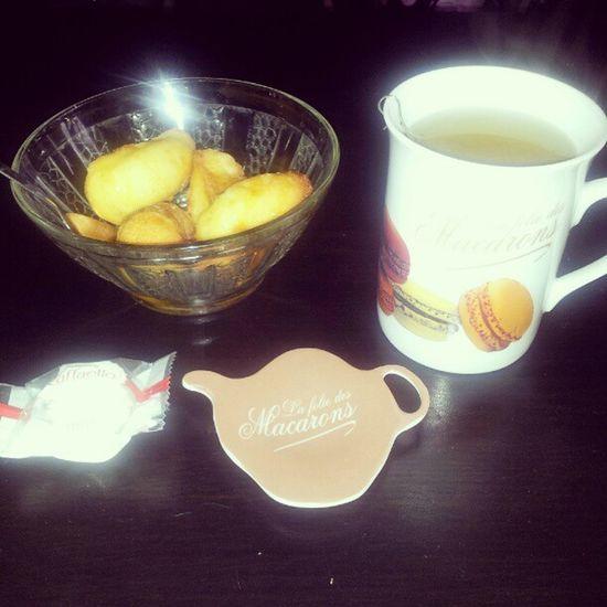 Sunday's tea time Kusmitea Euphoria Madeleine Raffaello