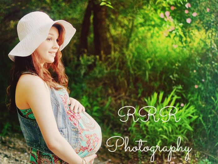 Love Photooftheday Everyday Joy Future Beyond Beautiful Natural Simplicity Pregnant Phtography The Future Preparation  Everlasting Love Pregnancy Love ♥ Happy Taking Photos Hello World Photoshoot Sillouette Happy People Forgottenspots Hanging Out Waiting Shaping The Future. Together. Filter Pretty Girl Photographic Memory
