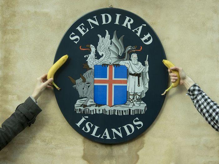 Protest against the Icelandic government outside the Icelandic embassy in Copenhagen. Panama Papers Iceland Denmark Copenhagen