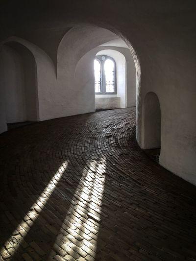Samazing light in the rundetaarn in Copenhagen Indoors  Arch Built Structure Sunlight Architecture The Way Forward No People Day Copenhagen, Denmark Rundetaarn
