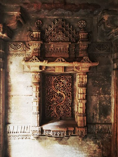 Carving - Craft Product No People Indoors  Close-up Built Structure Day Architecture Ancient Civilization Dramatic Tranquility EyeEmNewHere Adalajstepwell India Travel Mumbai Adalaj Bas Relief Architecture History Connected By Travel