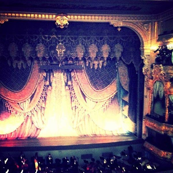 Отлично сегодня было - весь спбгу, шампанское в антракте, первые лица сильфида мариинский балет кропачев заварзин гергиев