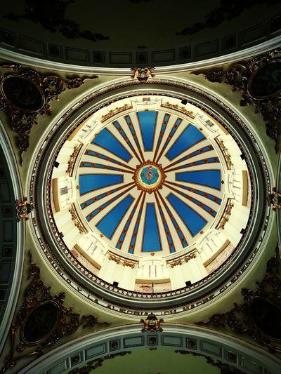 Cupula, Iglesia