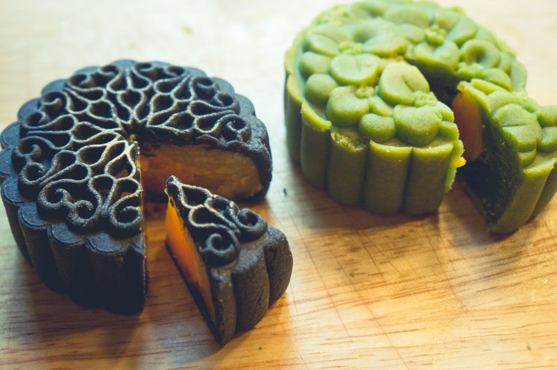 Mid Autumn Festival Moon Cake Bánh Trung Thu Asian  Asian Culture Cakes Cuisine Macro Photography Asian Food Bakery Cake Cake♥ Close-up Food Foodphotography Foodporn Freshness Indoors  Mid Autumn Festival Midautumnfestival Moon Cake Moon Cakes Festival Mooncake Slide Sweet Sweet Food Tasty Traditional