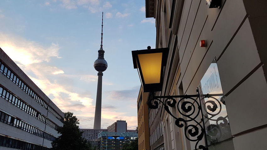 Berlin Berlin Am Abend Fernsehturm Berlin  Podewil Architecture Built Structure Fernsehturm / Tv Tower Travel Destinations