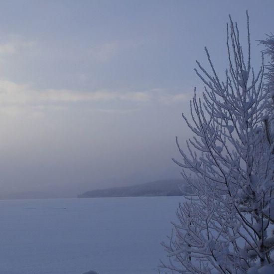 Vinter Januari Sandsl ån Nyland is kyla