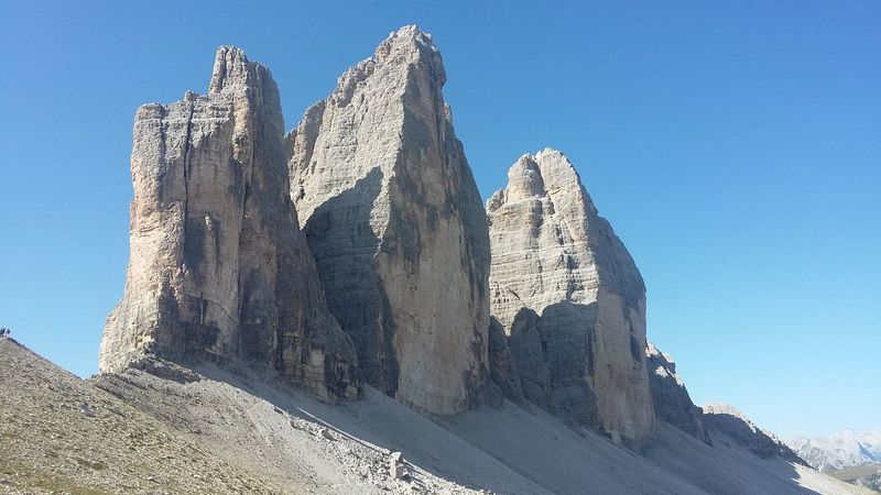 Dreizinnen Dolomiten Rock - Object Outdoors Blue Travel Destinations No People Mountain Cliff Day Sky Nature Tranquility Dolomites, Italy No Filter Freshness Hiking Tre Cime Di Lavaredo