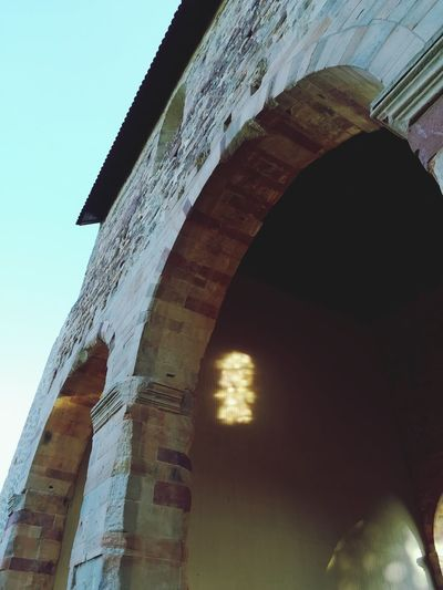 Centuries Old UNESCO World Heritage Site Unesco World Heritage Kloster Lorsch Leuchtendes Fenster Light And Shadow Window Light Reflection City Arch Architecture Sky Old Ruin Place Of Worship Tomb Cathedral Church Temple Mausoleum
