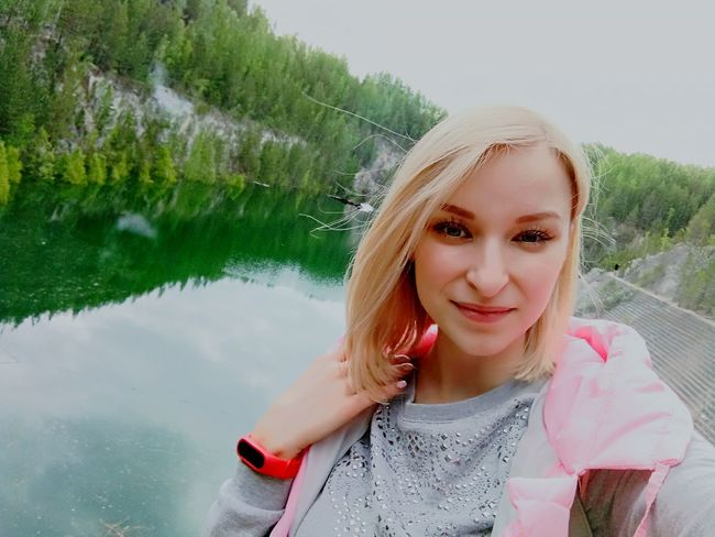 One Woman Only Only Women One Person Water One Young Woman Only Hi Beautiful Woman Hello World Blonde Smile :) карьер путешествия прогулка Beauty In Nature Green Color Природа России ПриродаМоимиГлазами Екатеринбург природароссии леснаясказка лес и природа Природа Карьеры карьер старая линза Nature