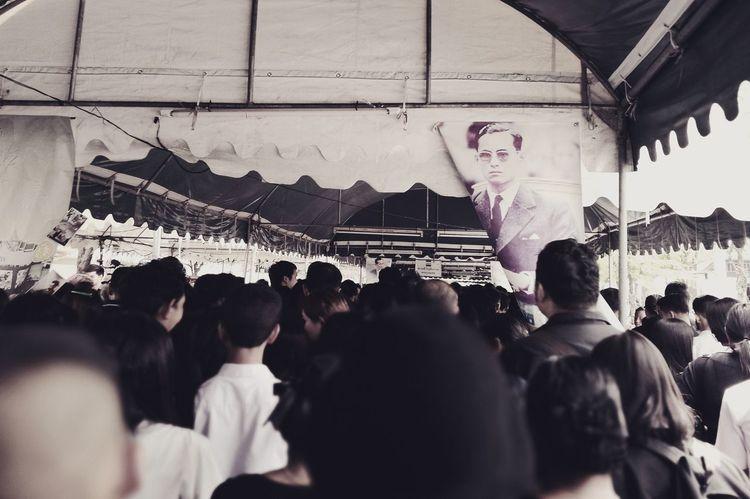 Large Group Of People Crowd King Bhumibol Adulyadej King Thailand Thai RAMA9 I Love King P9PlusPhotography HuaweiP9plus Huaweiphotography P9plus King Bhumibol Adulyadej Love