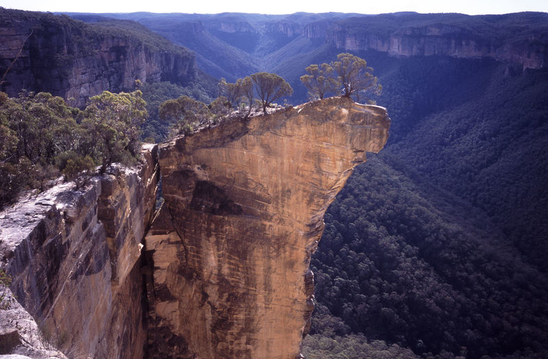 Scenic view of rock formation at blue mountains national park
