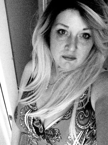 Blackandwhite Hi Loves ❤️