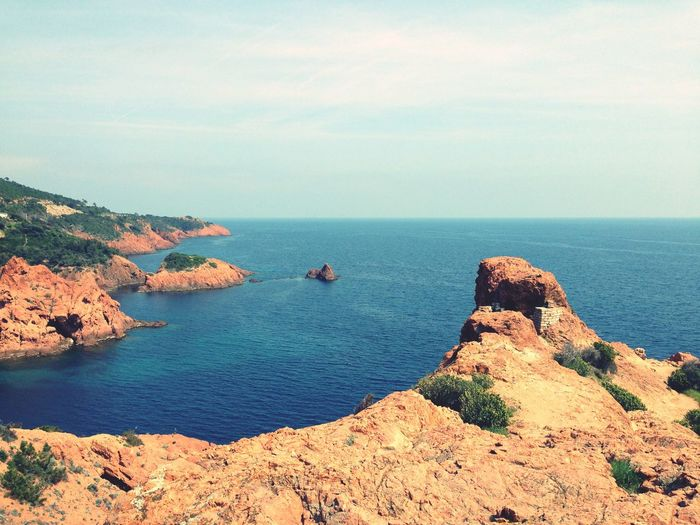 EyeEm Selects Sea Water Beauty In Nature Rock - Object Rock Sky Horizon Over Water