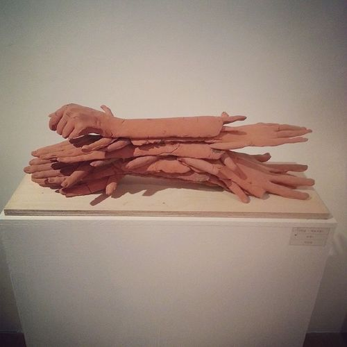 과제전 Sculpture Dongguk 손 테라코타관계이제끝end