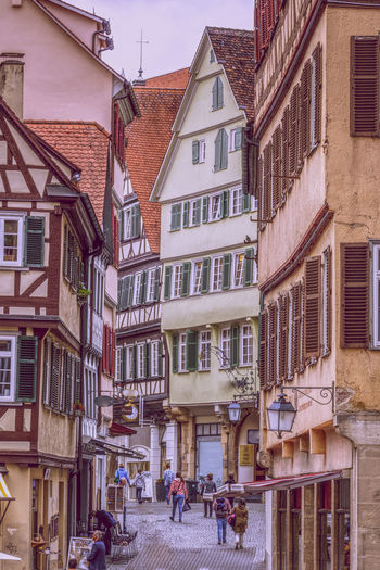 Altstadt EyeEm Best Shots EyeEm Gallery Old Town Architecture Building Building Exterior Built Structure City Day Eyeemgermany Group Of People House Incidental People Lifestyles Nature Outdoors People Real People Residential District Street Town Walking Window Women