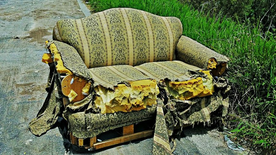 Descanso solo SOFA TIME Urban Decay Taking Photos Hello World Hrd_collection Streetphotography Home Sweet Home