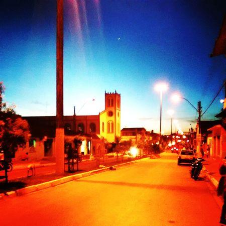 Minha Cidade, o por do sol com um contraste diferente !!! MinhaCidade Pordosol Urbanismo Paisagens Da Cidade