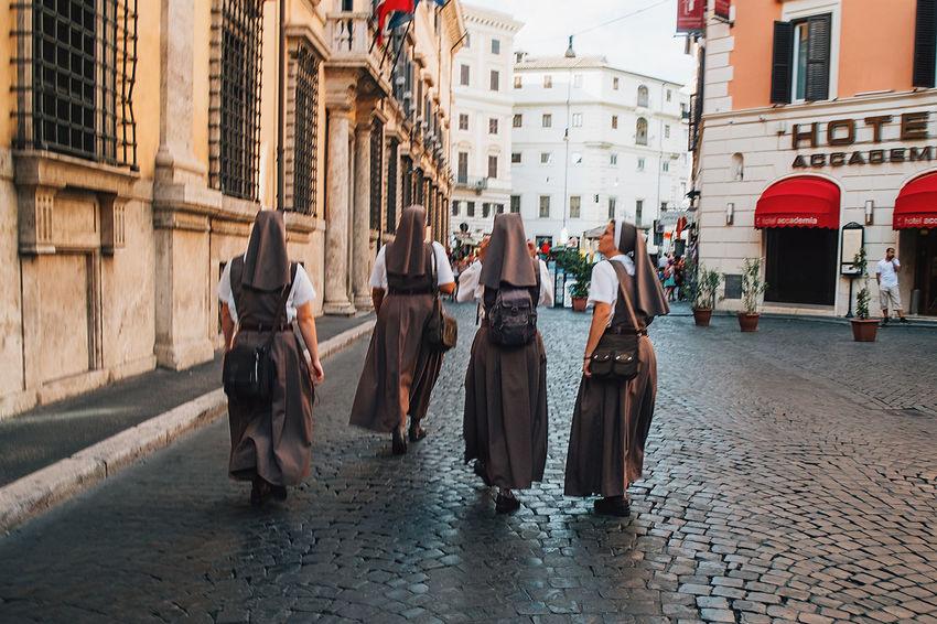 Moving Around Rome Roma Rome Nuns