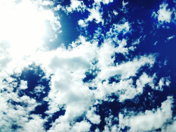 Summer Sky Clouds And Sky Clouds EyeEm Nature Lover Nature_collection I Believe I Can Fly  I Miss You ❤ Tania&Felipe Miro Al Cielo Y Veo Tu Mirada, Miro Las Nubes Y Me Acuerdo De Nuestros Momentos Juntos, Cada Uno De Ellos <3, Miro Al Sol Y Pongo A Llorar, Si Por Que Si Miras Mucho Al Sol Te Duelen Los Ojos, es incomodo, jeje , Te Extraño Mucho Amor! ????⛅☁
