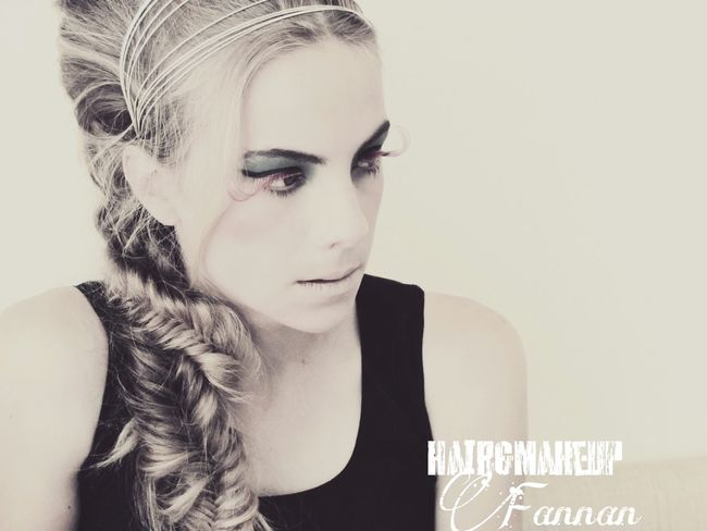 Picture Fashion Hairdesing Upstyle Updo Makeup