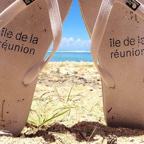 Les Vacances Reunion  Réunionisland Iledelareunion Iphone5s Iphonographie Nofilter Plage Sun Sea Sable Team974 Picoftheday Tong