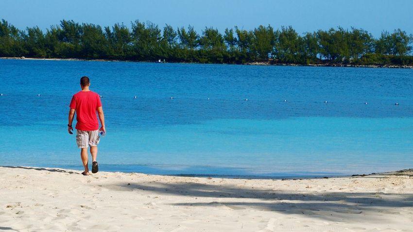 Walk Away Bradleywarren Photography Bradley Olson Beach Bahamas Nassau, Bahamas Ocean Red