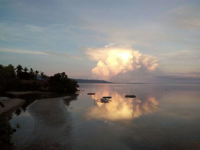 Good morning, Siquijor Island ! Sunrise Seashore Scenic Scenery Sea Bay Boat EyeEmNewHere
