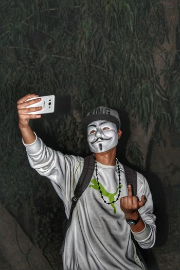 Boy Hip Hop Mask Anonymous Hacker Nike✔ Nightphotography Night King Puma Photography Beoutiful Halloween Photography Themes Selfie Portrait Photographing Photograph Men Venetian Mask Mask - Disguise Self Portrait Photography Smart Phone Mobile Phone Eye Mask Self Portrait Superhero Clown