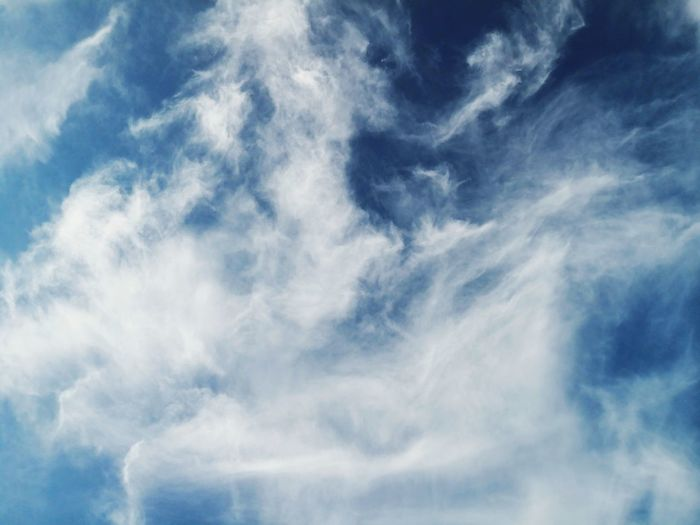 Silky Clouds Nature Sky Fluffy Silk Silky Silken Flossy Clouds Nature Mate 10 Pro Air Wind Background Only Sky Cloud Huawei Backgrounds Blue Sky Only Wind Abstract Weather Cloudscape Cloud - Sky First Eyeem Photo