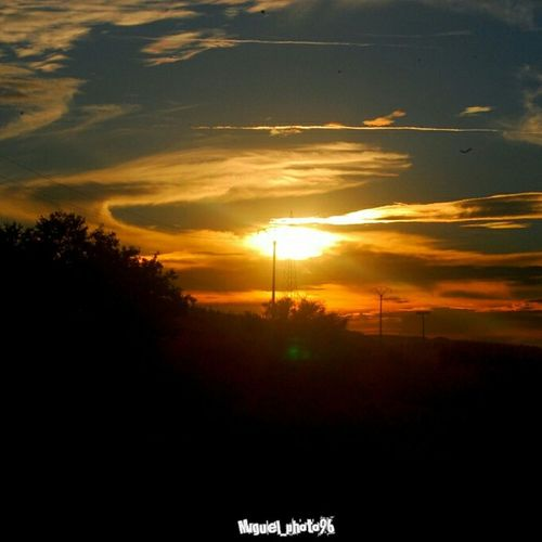 Sunset #sun #clouds #skylovers #sky #nature #beautifulinnature #naturalbeauty #photography #landscape Hello World Taking Photos Relaxing Puestadesol Enjoying Life Lovingphotos Perfect Sky Enjoying Life Taking Photos