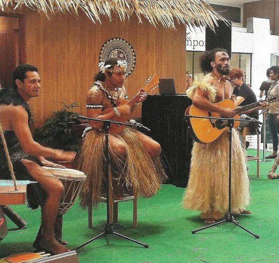 Fiji Fiji Citizens Tourism Fiji Promotion Performance Singing Songs Singapore Streetphotography