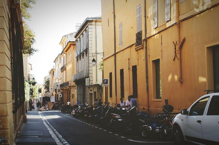 EyeEm First Eyeem Photo Walk France Traveling Traveler Travel Street Aixenprovence Aix-en-Provence Aix En Provence Relaxing Provence Street Photography Streetphotography Miles Away The City Light