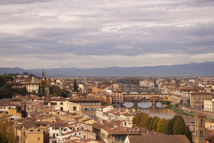 Firenze, Italy Ponte Vecchio, Florence Cloudy Sky Old Town Great Views From The Top Italy 🇮🇹 River Arno Architecture City Outdoors