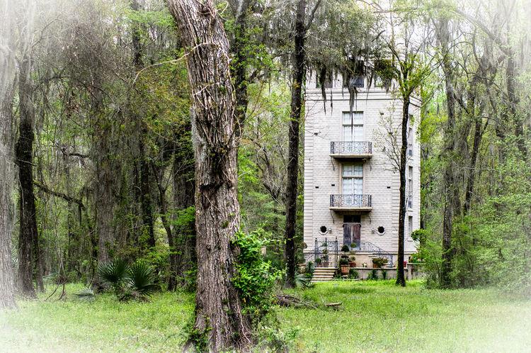 Strange looking house in Louisiana House Cajun Cajunheartphotography Cajun Country Cajun , Oh Ma Yea Sha .