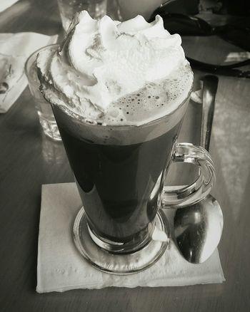 Coffeelover Enjoying Life Drinking Coffee Drinks Cappuccino Cream Delicious Coffee