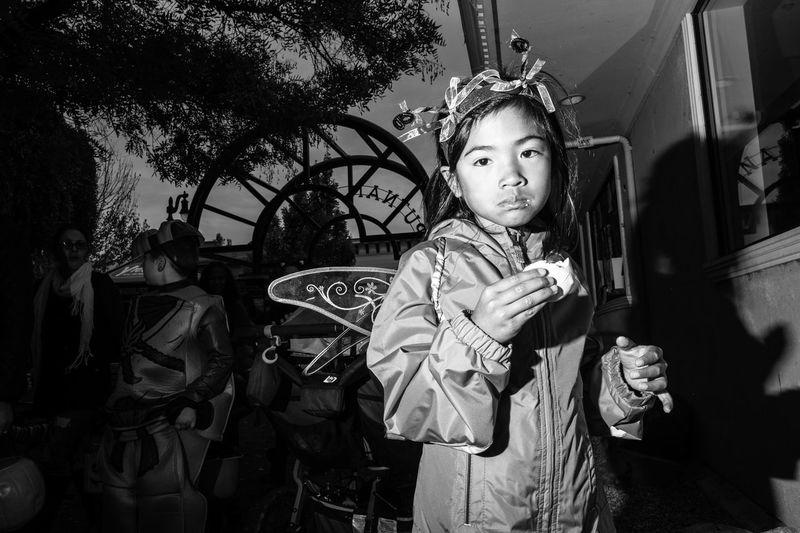 Petaluma, CA. 2016. FujifilmX_US Monochrome Petaluma, CA Treats Kids Being Kids