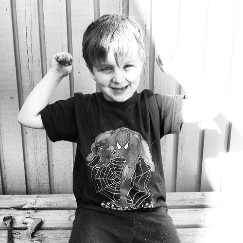 """""""My muscles grow when I eat meat"""" -Lucas, 3yrs. Yes they do my young apprentice! Detskabörjasitid Thatbicep Follow"""