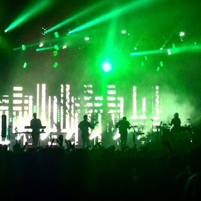Music Alt-J Lights Green Laser Band Gig People