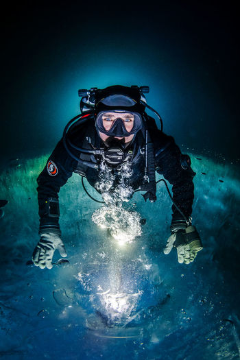 Ice diving Cold Dive Diver Diving Drysuit Flash Frozen Ice Lake Light Effect People Real People SCUBA Scuba Diver Scuba Diving Scubadiver Scubadiving Skill  UnderSea Underwater Underwater Diving Ursuit Water Wetsuit Winter