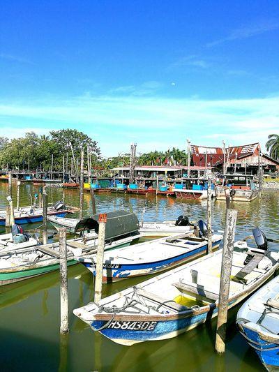 Huawei P9 Plus Leicadualcamera Huaweiphotography Fishvillage Fishing Boat Colour Of Life Malaysia