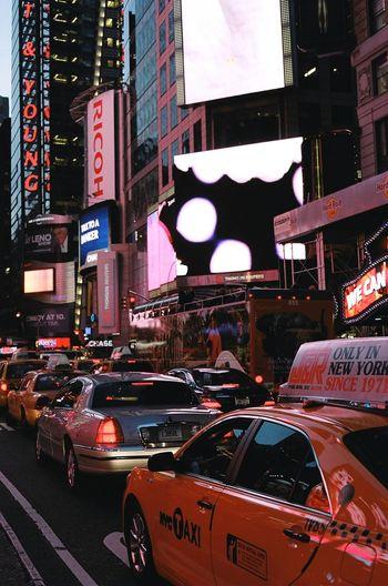 Under Pressure Contax G2 Kodak Portra Film 35mm Film New York Yellow Cabs Streetphotography Rush Hour