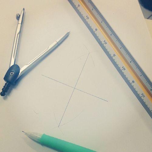 Aula mais linda do mundo! Desenho técnico! Project Studies Pencil Compass Scalimeter Paper