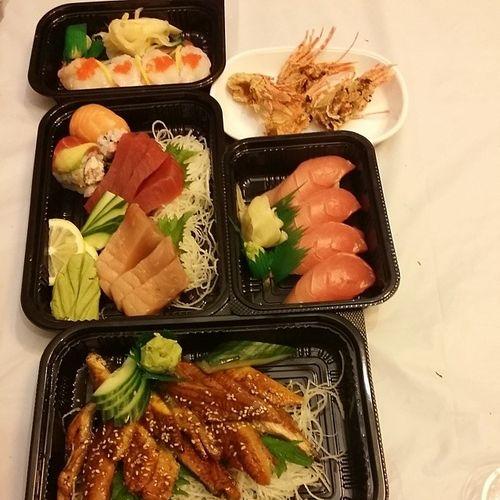 Amaebi Amaebihead Hamachi Redtuna Whitetuna Unagisashimi Sushiboat Sushibune Freefood Anytime Anyday SF Unionsquare