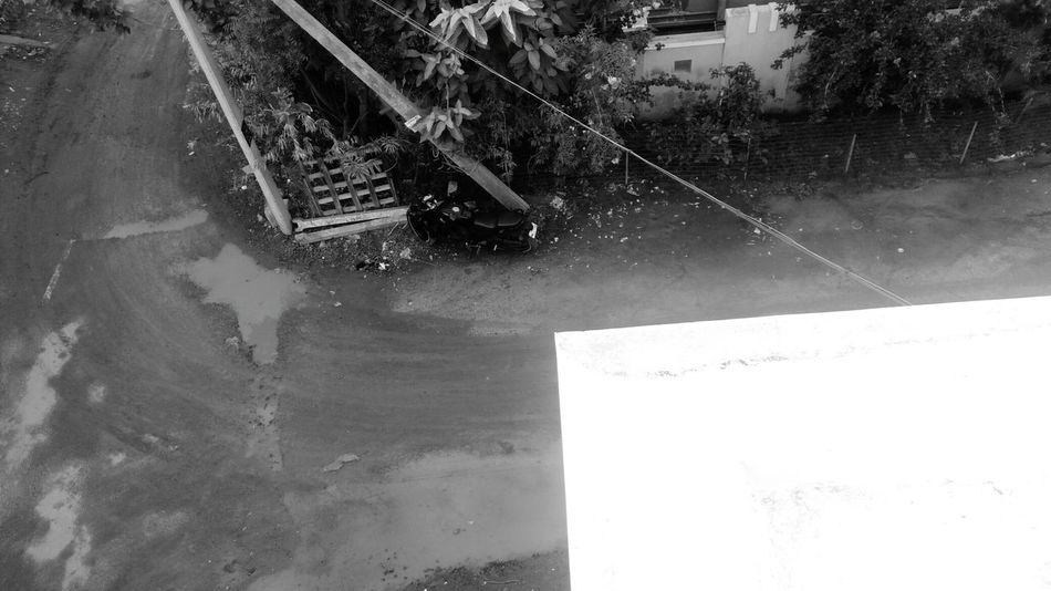 Streetcorner Rainy Day Welcome To Black EyeEmNewHere Long Goodbye