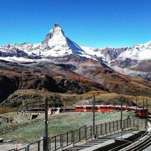 Taking the train to Gornegrat for the best view of Matterhorn  in the BerneseAlps of Switzerland ExploringMountains 瑞士 山脈 火車