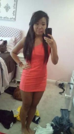 I miss being tann. summer where are youuu :( Summercomefaster Excuse The Mess Pinkdress Longhairdontcare
