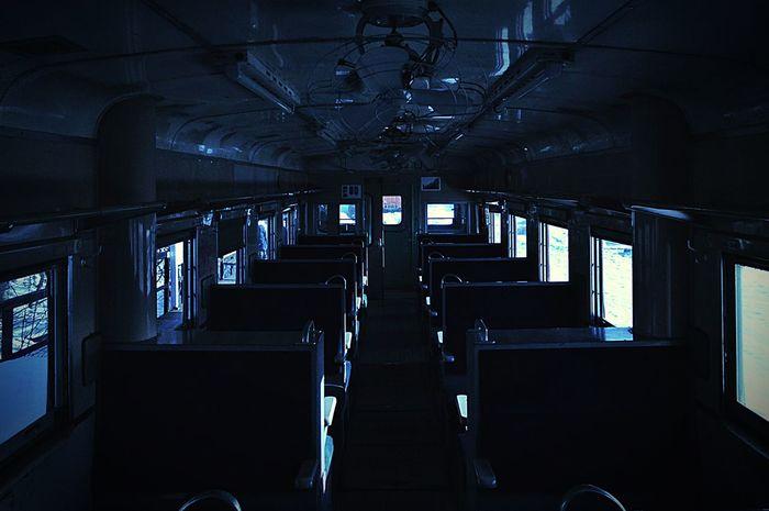 ディーゼル Train Shillouette Shadow Light And Shadow Arkitektur EyeEm Best Shots OpenEdit Monochrome Blue 汽車