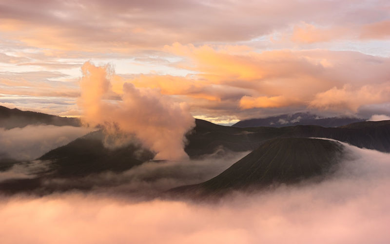 Bromo Bromo Mountain Bromo Mountain Indonesia Bromo, East Java Clouds Clouds & Sky Clouds Collection Cloudscape Landscape Landscape Photography Landscape_Collection Landscape_photography Landscapes With WhiteWall Morning Clouds Morning Light Morning Sky Mount Bromo Mountain Mountain Range Mountain View Nature Photography Paddlepop Peaking Out Of The Clouds Pink Color Pink Sky