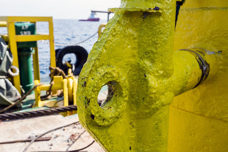 Eye eye sir Metal Eye Rigging Padeye Buoy Yellow Anchor Oil And Gas Oilfield Offshore Offshore Life Deck Barge Construction Installation Industry Steel Oil Pump Industry Yellow Close-up